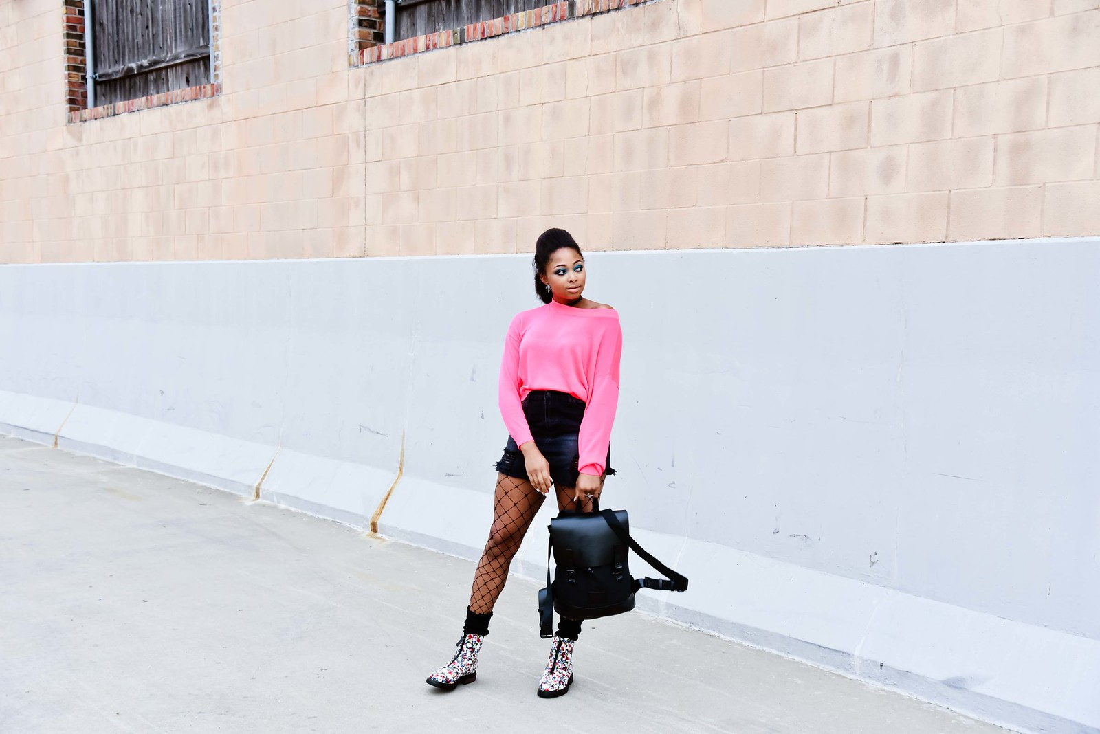 how to style fishnet tights, Dallas fashion blogger