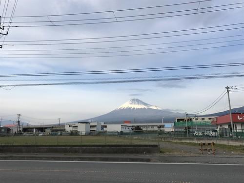 富士市内。富士山は良い