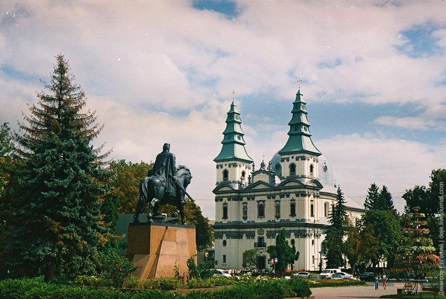 город тернополь фото спальни высота потолков