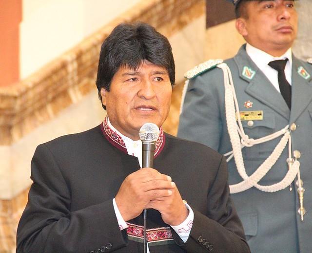 Tribunal Constitucional autoriza nova candidatura de Morales à presidência