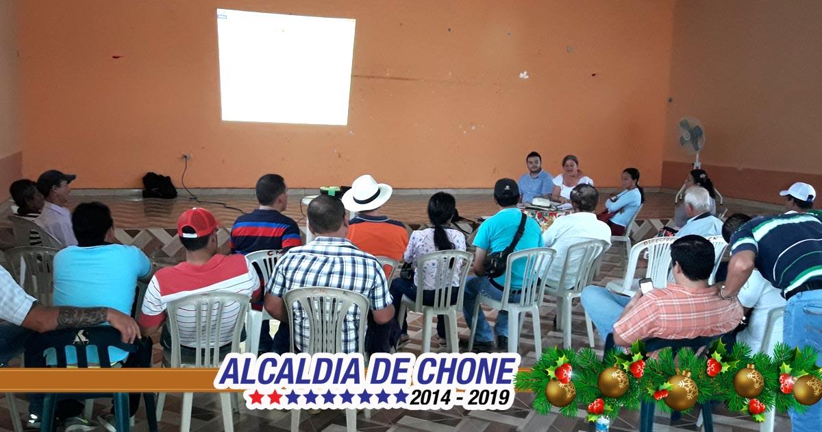 Campesinos socializan estatutos de la Unión de Asociaciones Agroproductivas