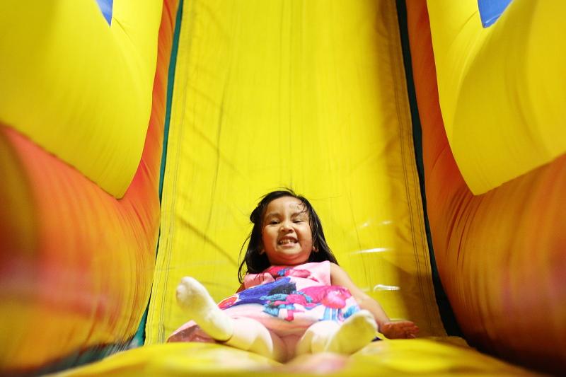 bounce-house-slide-little-girl-party-17