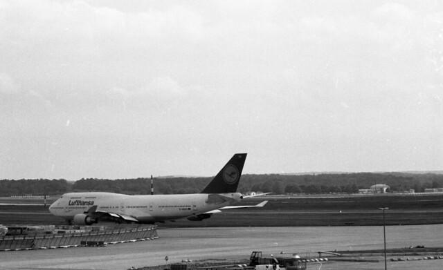plane aircraft airport aviation