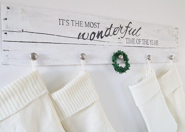 White Natural Stocking Hanger Holder