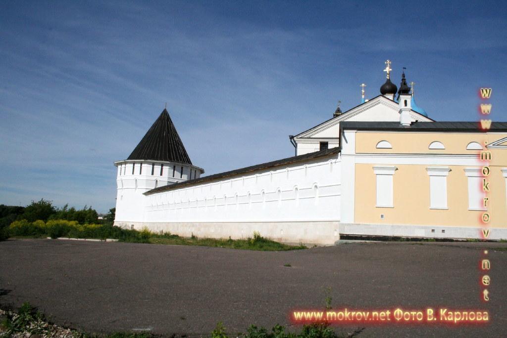Город Серпухов храмовый комплекс