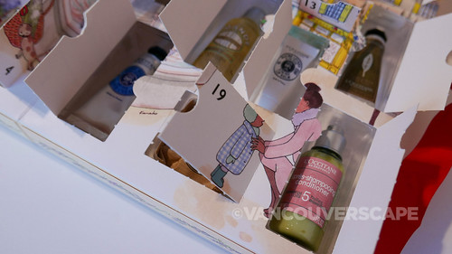 L'Occitane 2017 Advent Calendar