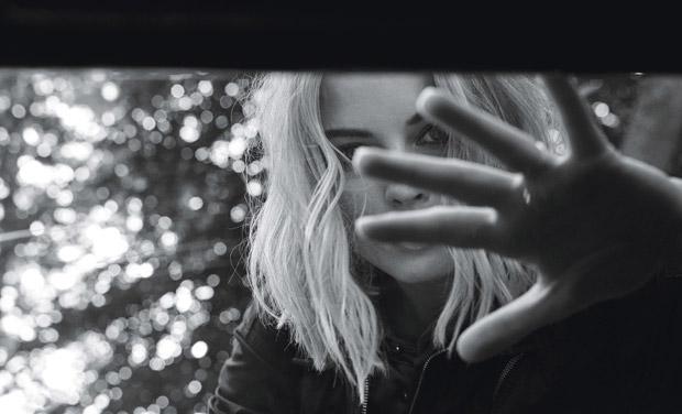 Margot-Robbie-W-Magazine-Craig-McDean-07