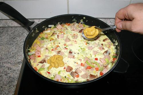 45 - Senf einrühren / Stir in mustard
