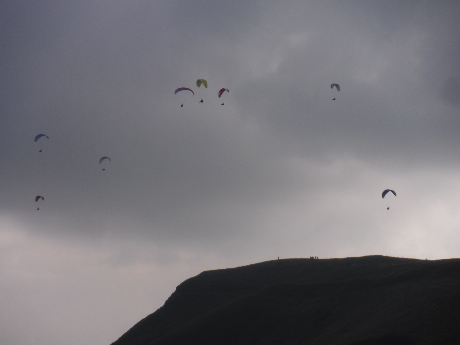 Paragliders over Mam Tor SWC Walk 302 - Bamford to Edale (via Win Hill and Great Ridge)