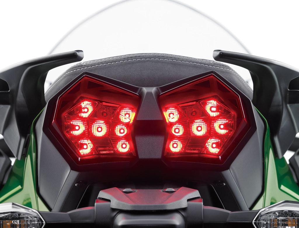 Kawasaki NINJA H2 SX  SE 2019 - 18