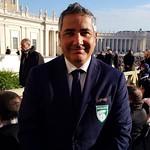 Il direttore sportivo dell'#AvezzanoCalcio #FilippoMarraCutrupi da #PapaFrancesco. #Roma #udienza #Vaticano #Avezzano #Calcio #Marsica #Abruzzo - https://www.flickr.com/people/151908067@N08/
