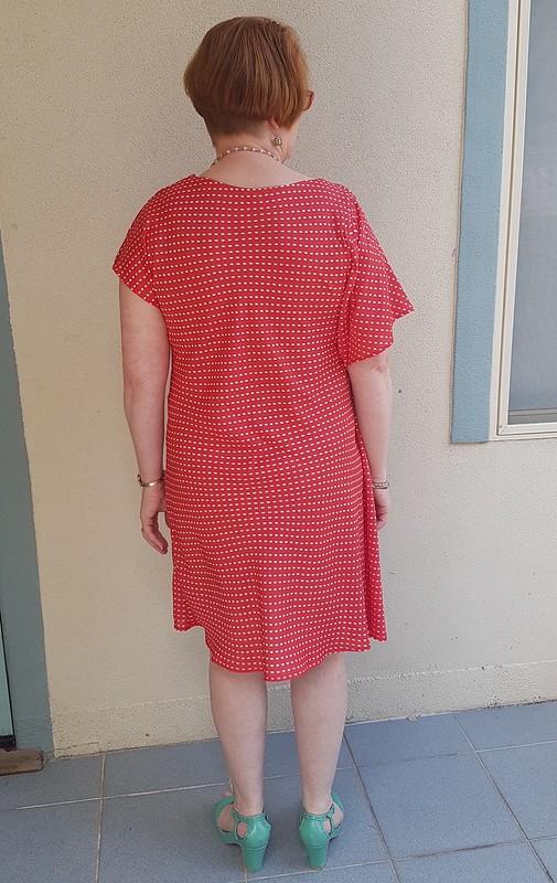 Butterick 5883 in vintage John Kaldor polyester