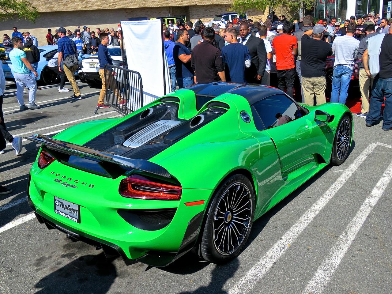 Green Porsche 918 Cars and Caffe 5