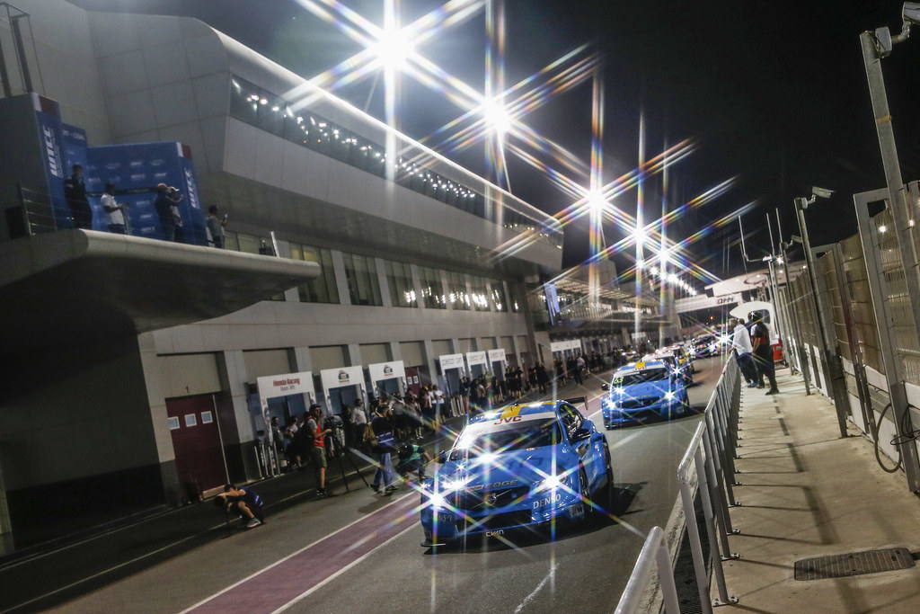 62 BJORK Thed, (swe), Volvo S60 Polestar team Polestar Cyan Racing, action during the 2017 FIA WTCC World Touring Car Championship race at Losail  from November 29 to december 01, Qatar - Photo Jean Michel Le Meur / DPPI