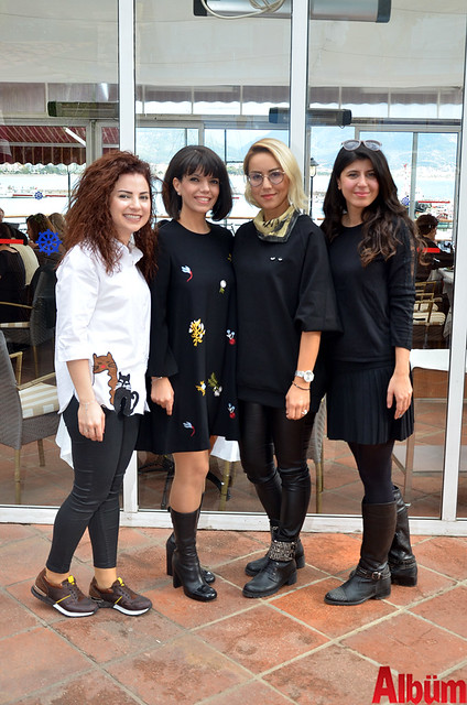 Antalya Eczacı Odası Alanya Temsilciliği Gezi Etkinlik Komisyonu Albüm'e poz verdi.