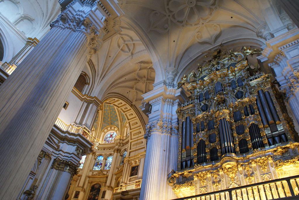 Orgue de la cathédrale de Grenade.