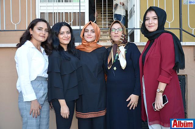 Tuğba Çetin, Zeliha Yaşar, Esin Bozkurt, Meryem Bozkurt, Neslihan Özçıra