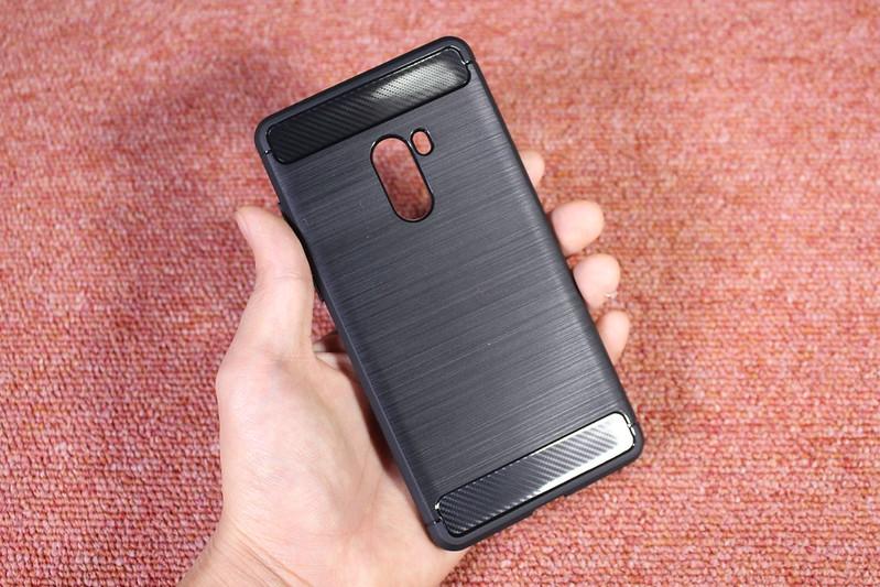 Xiaomi Mi Mix 2 の保護ガラスを貼る (3)