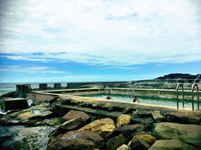 Yamba ocean pool. Marco and Zoe.