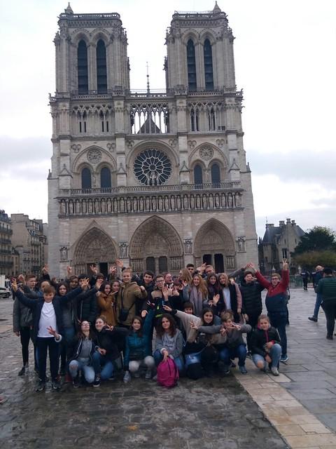 Les élèves de 3ème du collège de Mareuil  (24) reçus à l'Elysée
