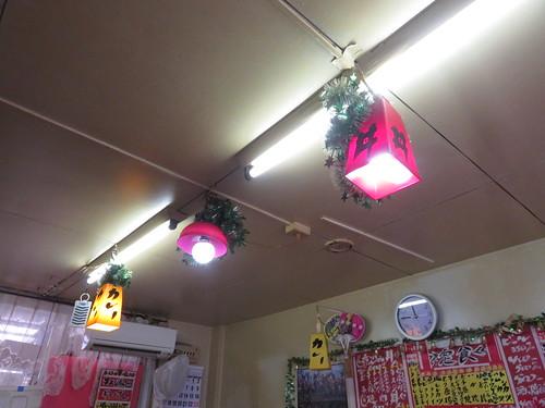 金沢競馬場の世界館の電球