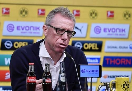http://cafe.beerwah.org/berita-bola-akurat/dortmund-memecat-bosz-dan-menunjuk-stoger-sebagai-pelatih-baru/