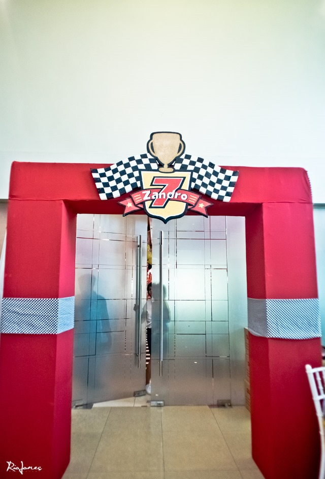 race car theme entrance (2)
