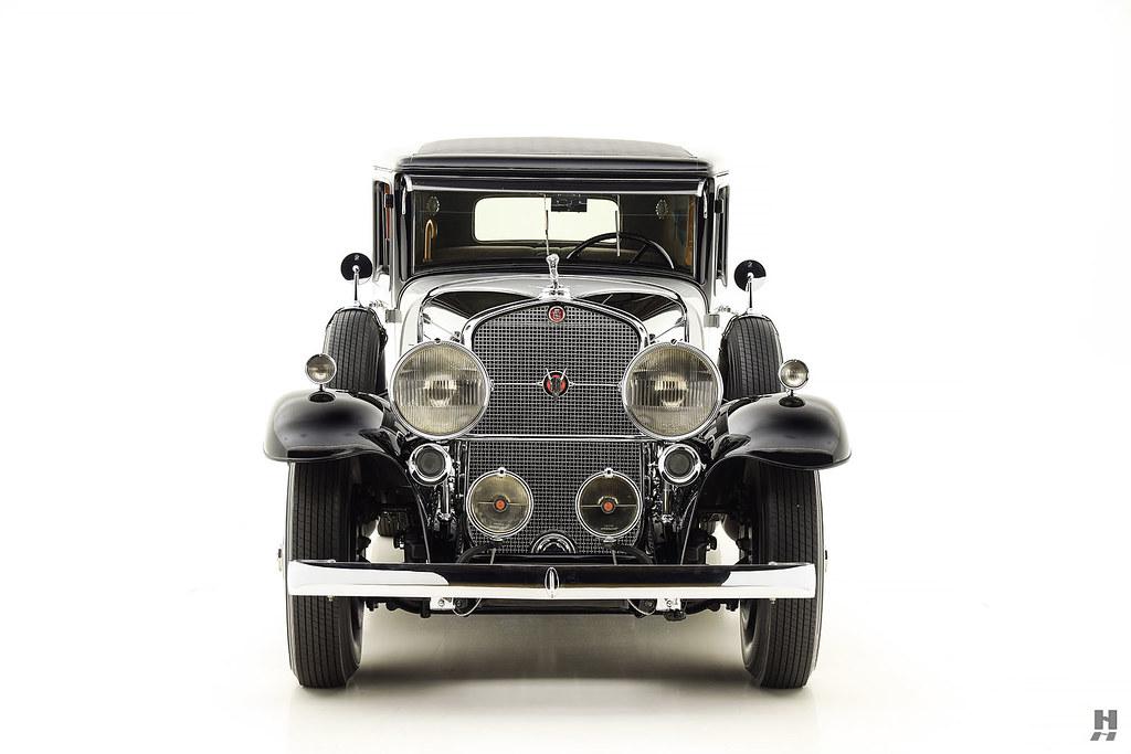 30006_P Cadillac Series 452 Fleetwood 452CI V16 3SPD Limousine_Black Silver