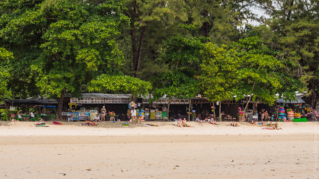 december.2017-Kata-Beach-Phuket-canon-5865