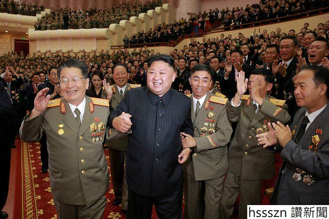 north-koreas-kim-jong-un-fetes-nuclear-scientists-holds-celebration-bash_800_532
