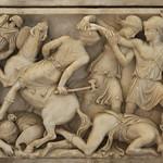 dettaglio di sarcofago con scene di battaglia tra Amazzoni e Greci (metà del II secolo dC.) - Galleria - Musei Capitolini Roma - https://www.flickr.com/people/94185526@N04/