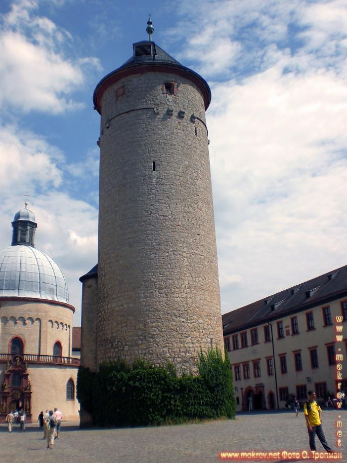 Город Вюрцбург и фотограф