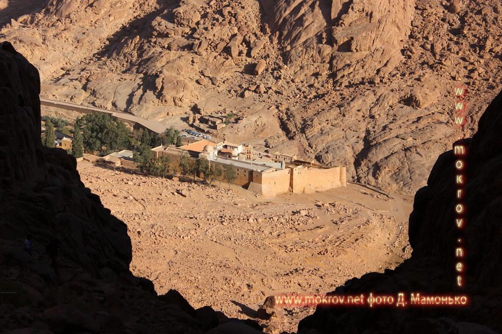 Синайские горы и фотограф