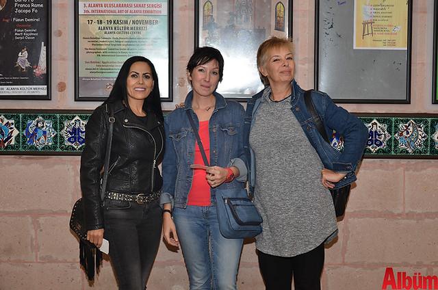 Ekaterina Abramova, Pelin Tarhan, Öznur Bayrak
