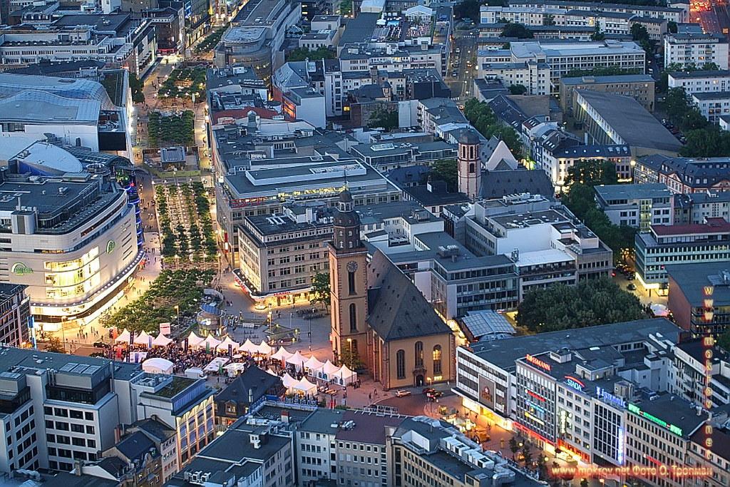 Германия - Города Франкфурт на Майне фотографии сделанные как днем, так и вечером