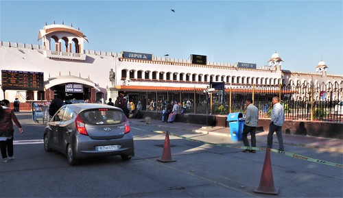 i-Jaipur 2-1 (2)