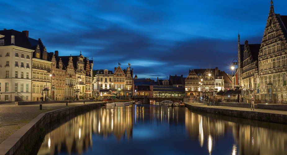 Ghent at night | Mooistestedentrips.nl