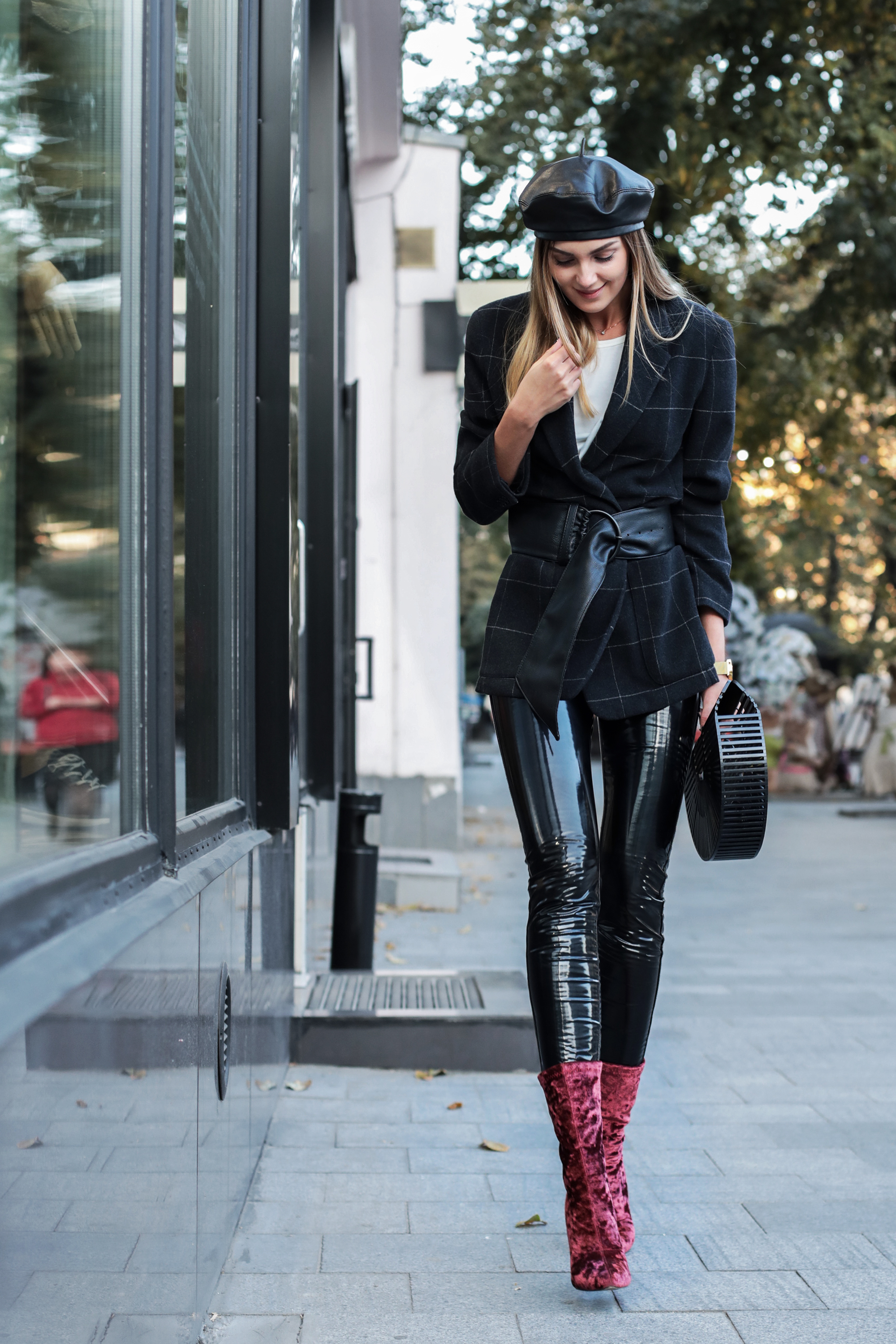 leather-beret-outfit-street-style