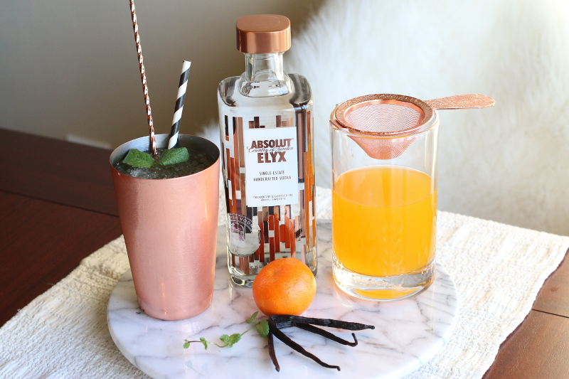 absolut-elyx-cocktail-copper-cup-tray-2