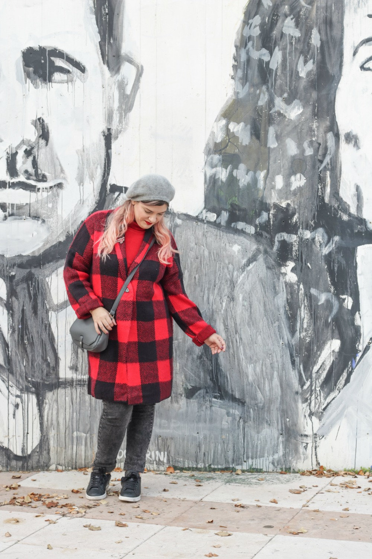 Outfit plus Kik, scozzese rosso e grigio (2)