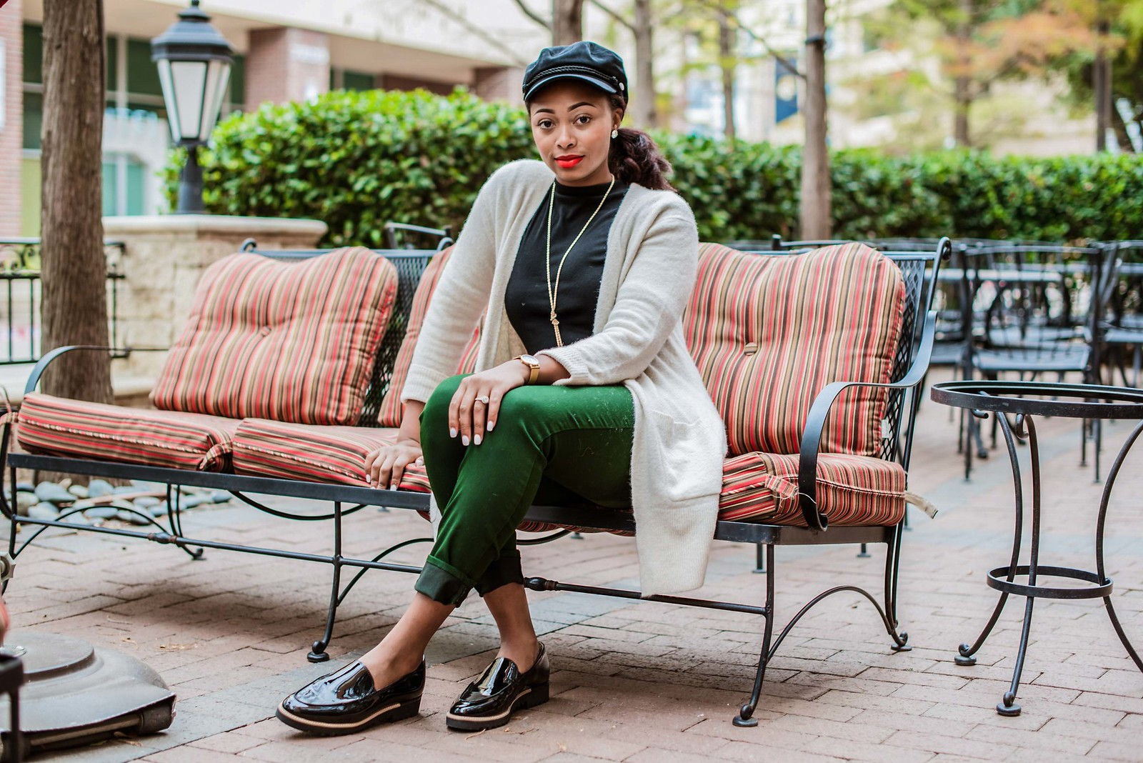 how to style a newsboy cap