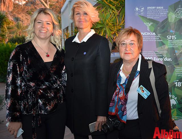 Paulina Müftüoğlu, Terhi Alanya, Berkan Uluşal Kroeblin