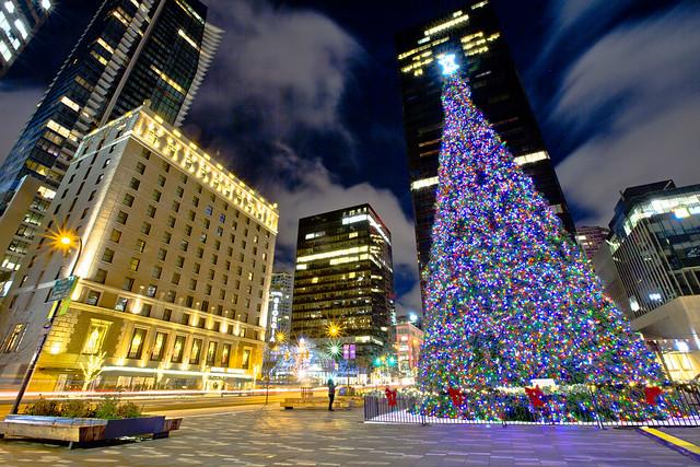 Christmas Tree Lighting 2017 @ Art Gallery