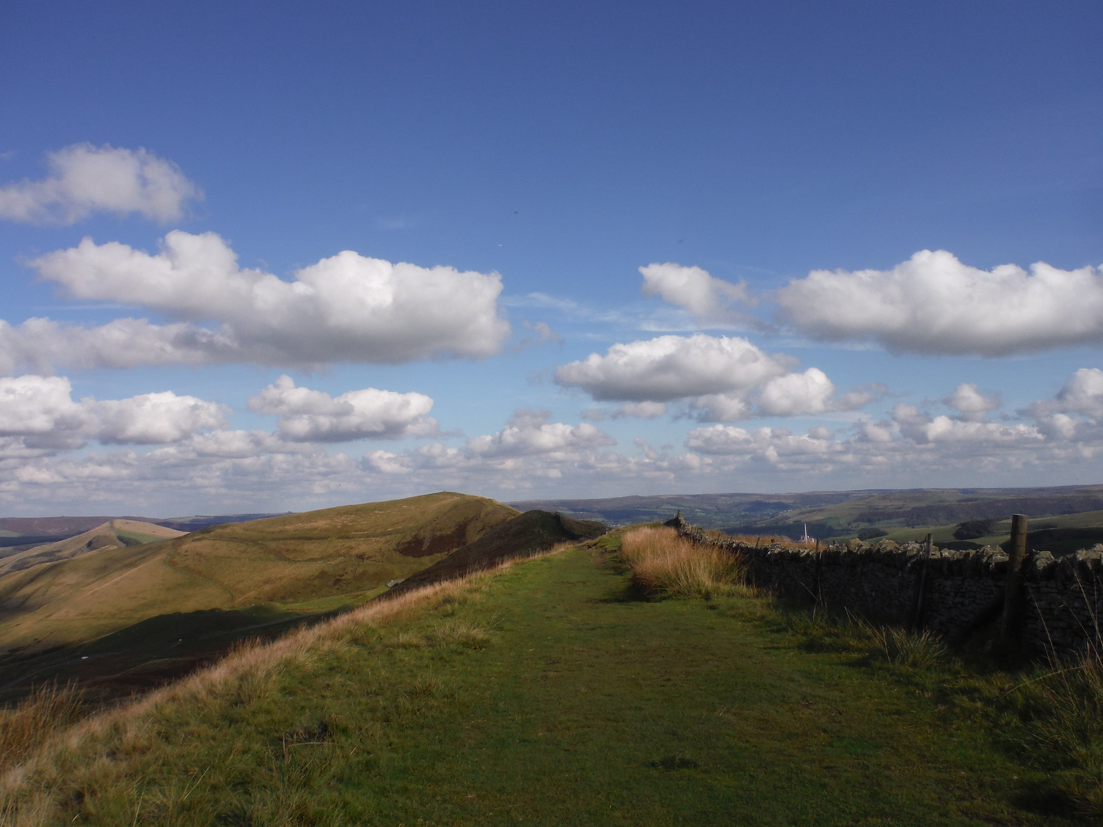 Great Ridge, from Rushup Edge SWC Walk 302 - Bamford to Edale (via Win Hill and Great Ridge)
