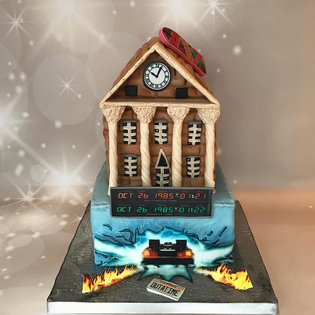 Back to the Future Cake by Loluxtaarten