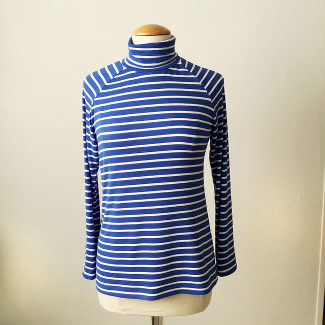 blue stripe t-neck