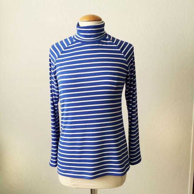 blue stripe t-neck