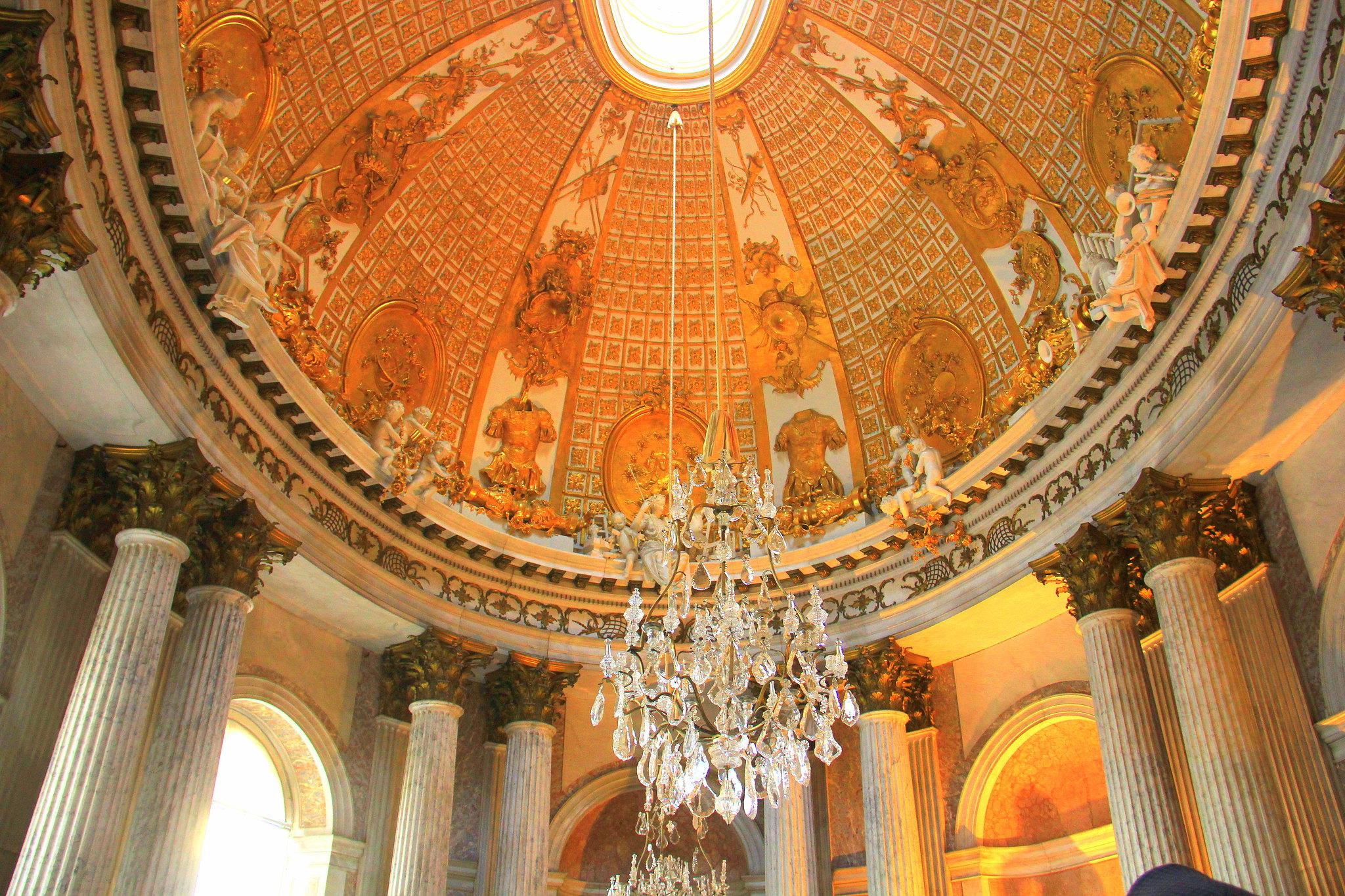 Sansouci park has many palaces in Potsdam