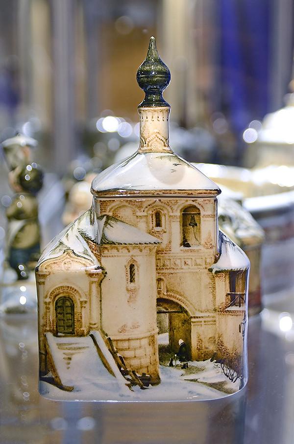 Cherkasov_porcelain_47