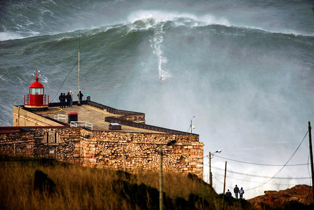 The Nazaré wave